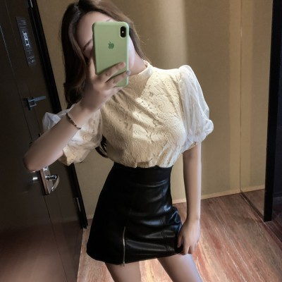 TP911064 PUFFY SHORT SLEEVE LACE TOP