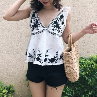EMBROIDERED TOP TP07027